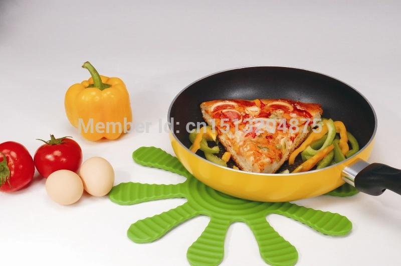 أزياء متعددة purpoase الحرارة لوحة سيليكون حصيرة وعاء تحديد الموقع عزل الحرارة غير زلة الوسادة بوثولدير مطبخ اكسسوارات(China (Mainland))
