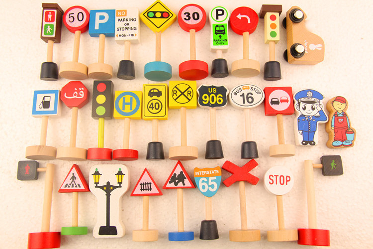 Baby toy thomas accesseries small train toy, traffic sign set wood toy(China (Mainland))