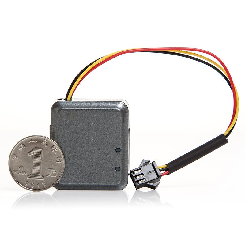 gps motor tracker RF-V10+ double host lock vehicle host and GPS tracker host remote tracking the car /CE certificate(China (Mainland))