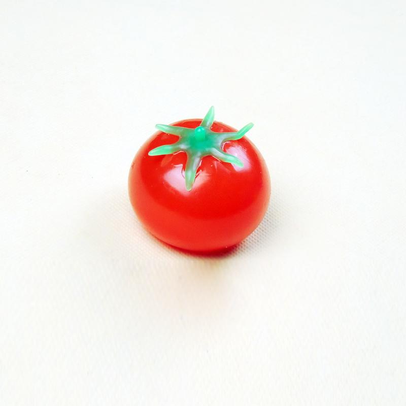 Shock toys tomato toy tomato water polo toy free shipping 12pcs(China (Mainland))