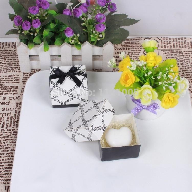 Atacado europeus e americanos Favor do casamento idéias do presente sabonete artesanal sabão em forma de coração(China (Mainland))