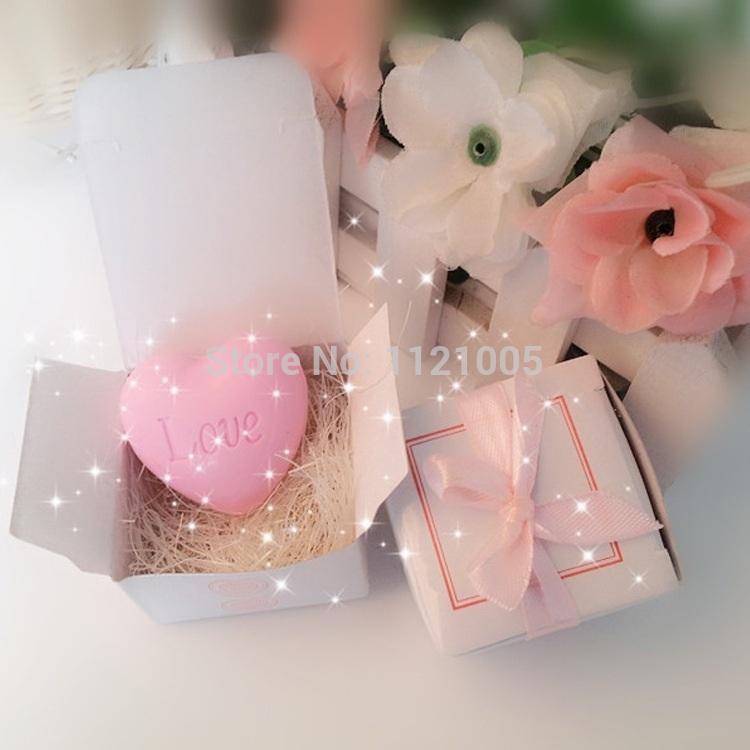 Pequeno fontes do casamento presentes de casamento Favor do casamento sorteio pequenos presentes de em forma de coração ove sabão rosa(China (Mainland))
