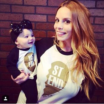 Весна 2015 новый семьи соответствующие наряды с длинными рукавами футболки для мальчиков и девочек детские письма мода футболки