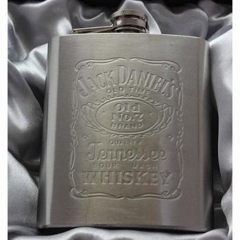 Portable stainless steel hip metal flask gift travel whiskey alcohol liquor bottle flagon garrafas para acero inoxidable petaca(China (Mainland))