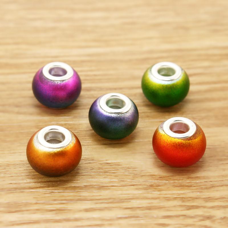 2015 New Arrival 2pcs/pack Glass Beads Fit European Market DIY Charm Bracelets & necklaces BBD124(China (Mainland))