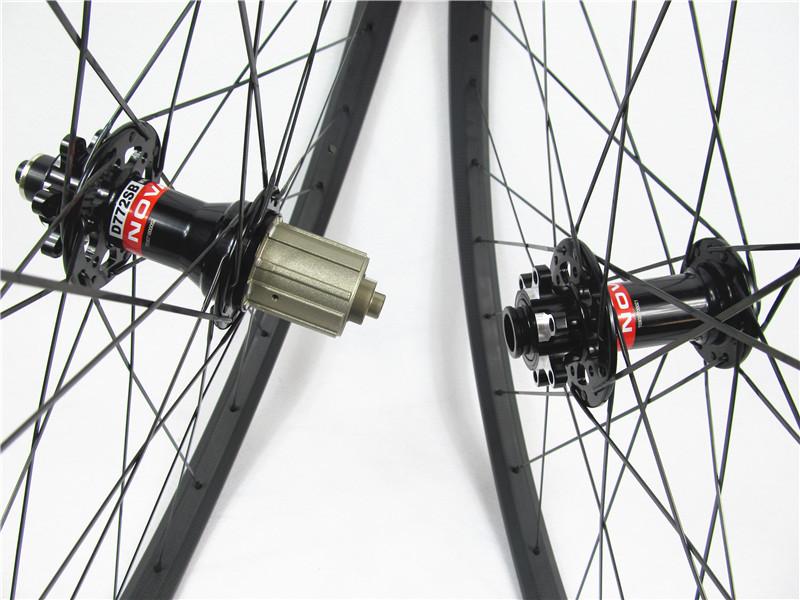 自転車の 自転車の車輪のサイズ : ... 車輪、 互換性のあるチューブ