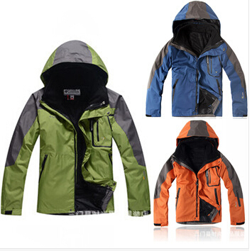 Winter Warm men colombians Outdoor Climbing clothes fashion two-piece 2 in 1 sports coat Winter waterproof men's skiing jacket(China (Mainland))