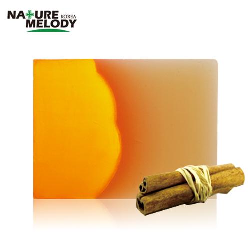 productos cosméticos compuestos de canela