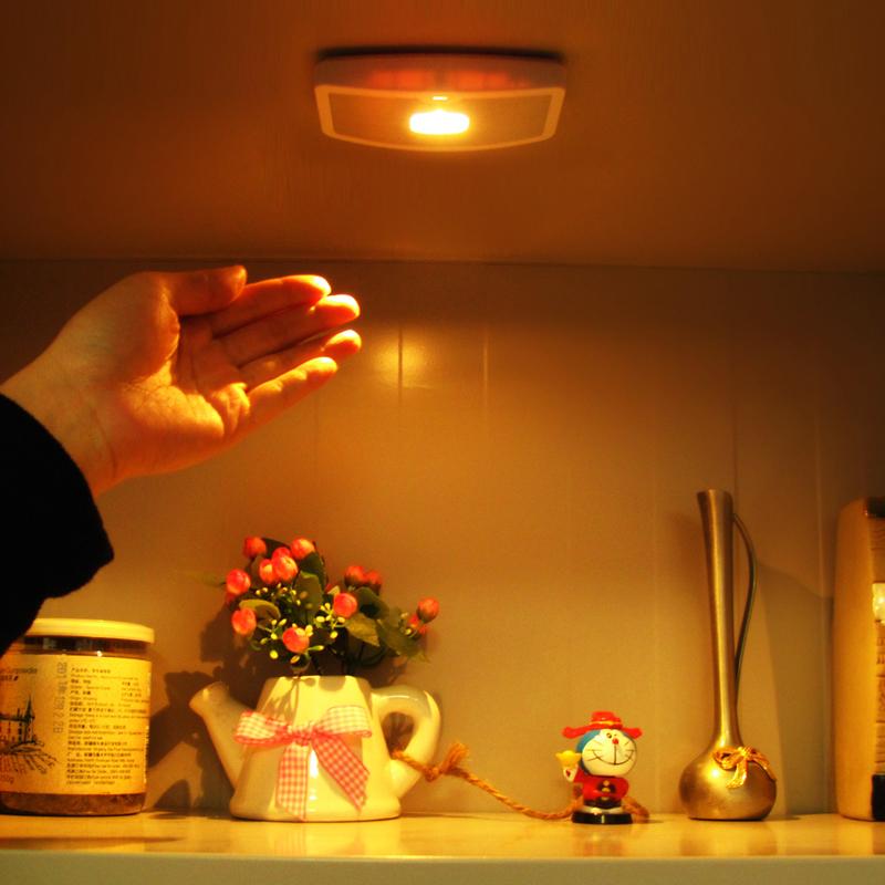 Lang Meike LED battery lamp lamp night light closet waving a human body induction lamp corridor lamp(China (Mainland))
