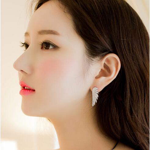 Fashion Metal Sweet Shining Silver Crystal Wing Earring Female Stud Earrings Jewelry(China (Mainland))