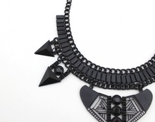 2015 New Fashion Alloy Necklace Europe Classic Vintage Gothic Punk Style Jewelry Statement Necklace For Women