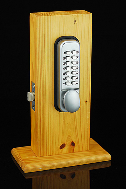 Intelligant Hot Mechanical Lockey Keyless Programmablel Digital Deadbolt Doors Lock Coded Lock with Handle(China (Mainland))