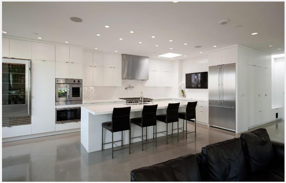 New design modern modular kitchen cabinet customizes lacquer kitchen