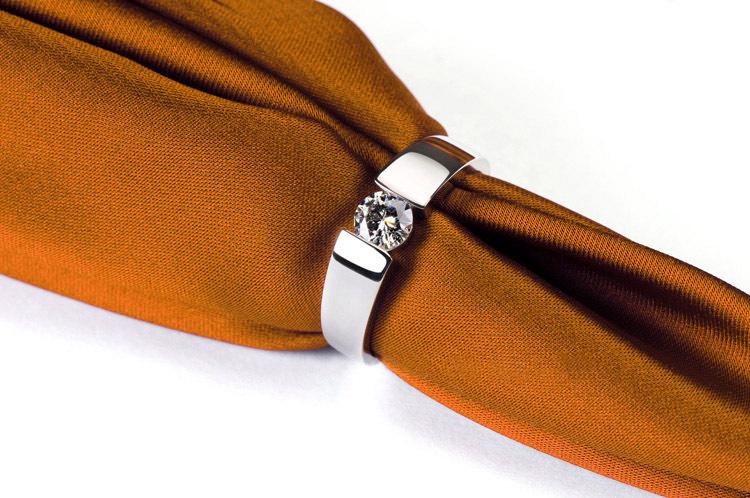0.6 Carat Pure 14K Gold Man Classic Graceful CHARLES&COLVARD Moissanite Men's Anniversary Ring Original Solid Gold Filled Ring(China (Mainland))