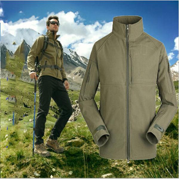 2015 New Men Hiking Fishing Climbing Outdoors Camping Softshell Jacket Fashion Spring Autumn Hoodie Coat(China (Mainland))