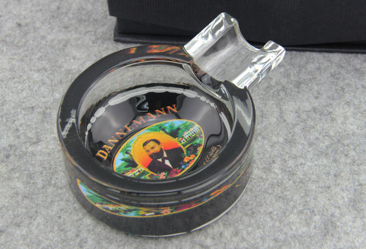 Dana Beautiful Round Glass Cigar Ashtray With Customer's Logo(China (Mainland))
