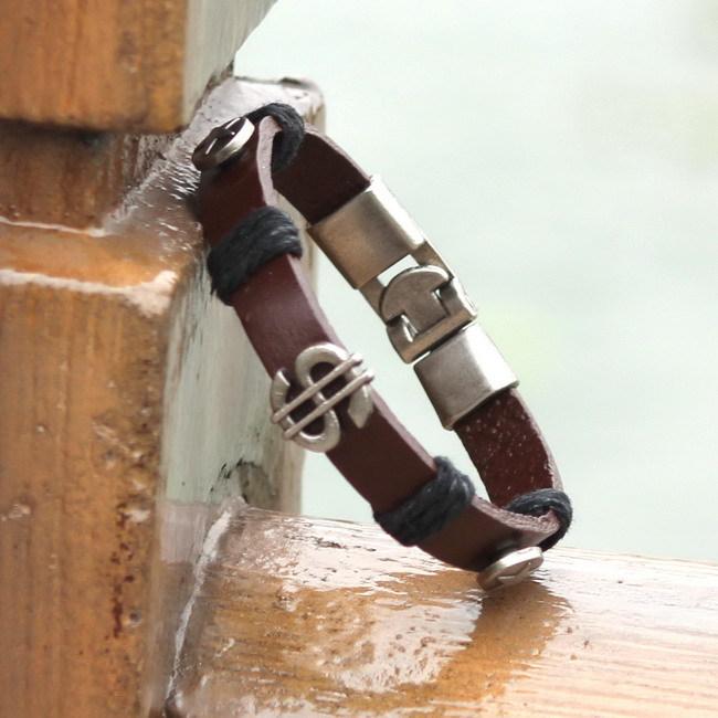 Shopkeeper Recommend New Style 2015 Latest Popular Leather Bracelet Men Black Retro Charm Bracelet Free Shipping