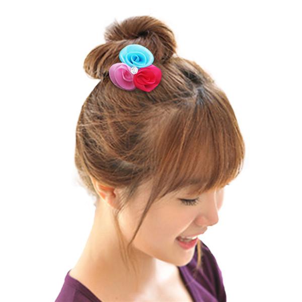 Horquillas Son para sujetar el cabello, al igual que los clips para el cabello. Facil para adornar tambien. Algunas vienen con abalorios, brillos, cuencas.