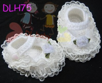 hand crochet baby shower gift  infants toddler newborn reborn doll baby girl or boy Mary Jane flower shoes booties footwear