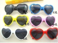Free shipping 20pc/lot New women heart sunglasses
