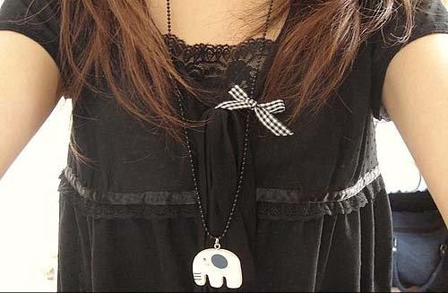 60 Pcs/lot Scottish Tartan Bow Lovely Elephant Necklace ( Alloy + Wood) Free Shipping(China (Mainland))