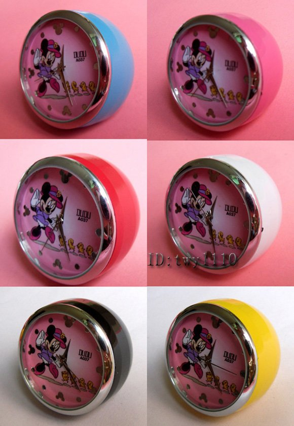 Wholesale - 40pc/lot Minnie Mouse cartoon Desk Clock Watches with the box(China (Mainland))