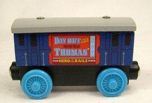 Global Hot/Free shopping/Thomas & Friends Wooden Trains&cars PASSENGER CAR(pieces/lot)(China (Mainland))