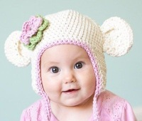 1 PC Retail Baby Girl White Bear Hat With Large Pink Flower 100% Handmade Cotton Beanie Free Shipping