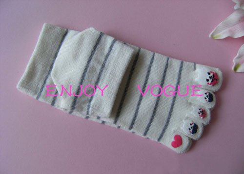2010 Promotional Products Guaranteed 100% Women's fashion 5 toes warm socks(China (Mainland))