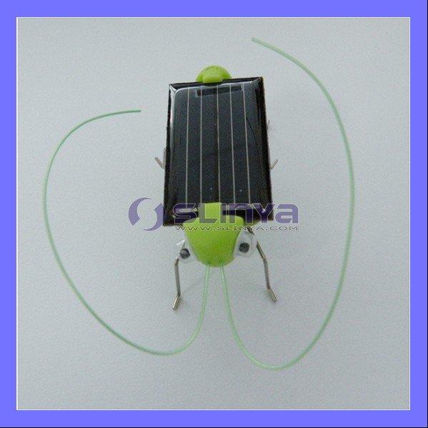 Fashion Cute Grasshopper Mini Sunlight Solar Toy(China (Mainland))