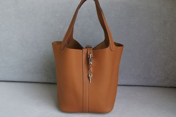 fangfang bag,fashion handbag,genuine leather handbag