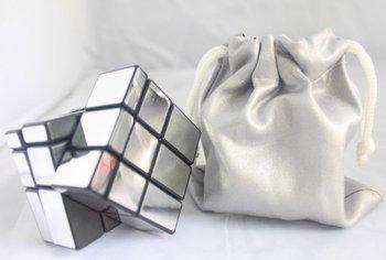 Free shipping promotion magic cube toys