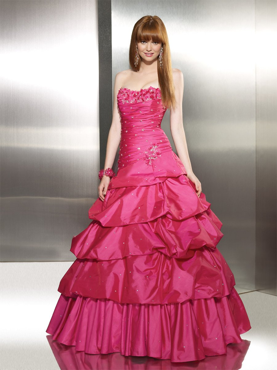 dressesshop: Beautiful and economical quinceanera dresses for women