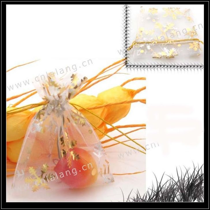 150pcs/lot White Wedding Gift Organza Bags Pouches 7x9cm 120059(China (Mainland))