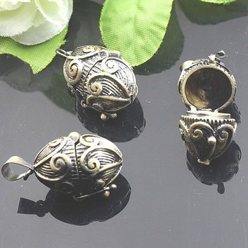 Dropship Pendant DIY Brass Bronze Copper European Antique Style Nut Prayer Box Photo Locket Jewelry 1161020