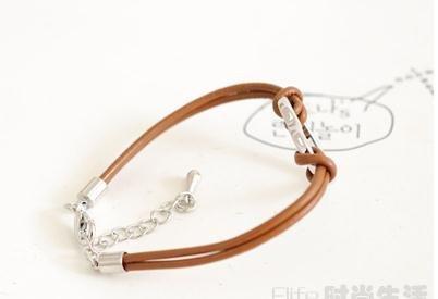100pcs/lot personalizado pulseira pulseira de couro. Rosca doce coração vazio lá dentro. frete grátis(China (Mainland))