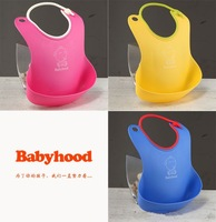 free shipping 100pcs/lot BabyHood Soft anti-debris infant baby bibs, children's meals pocket/water/plastic bibs/health drug-free