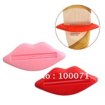 2Pcs/lot Bathroom Lip Kiss Dispenser Toothpaste Squeezer  [3584 01 02]