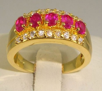 Free Shipping New Wholesale and retail Classic garnet in 14KT yellow gold GP Size 8