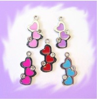 100pcs Three-heart Hang Charms Fit Pet Dog Cat Tag Collar Wristband