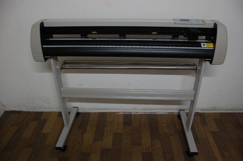 Li jie one year warranty high quality good after sales serivce plotter cutter vinyl cutters free ship HJ1100X(China (Mainland))