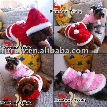 Buying 10 pcs and getting one pet sock,Freeshipping Fashion Velvet Rose Dog Cloak Pet Clothes