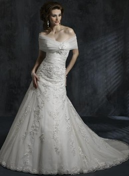 2011 Best Selling Wedding Dress With Shawl