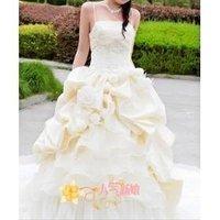 2010 new wedding dress trailing in kind! Bride wedding wedding dress high-