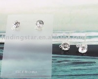 FREE SHIPPING 50PAIRS Clear Rhinestone Earring Studs 4MM #19977