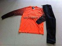 Free shipping! New arrived soccer goalkeeper uniform set.