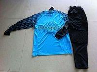 Free shipping! New arrived goalkeeper kit.