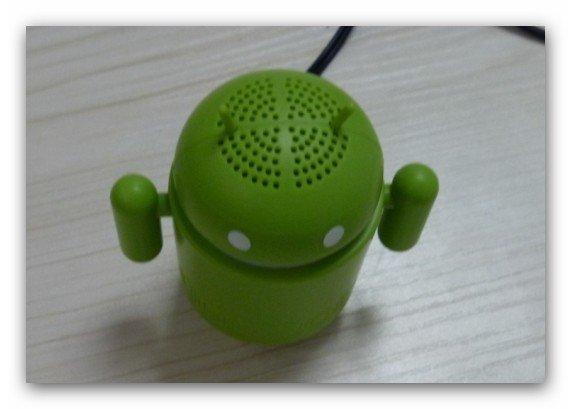 2011 mini iRobot speaker Google android speaker ,portable speaker for epad MID tablet pc(Hong Kong)