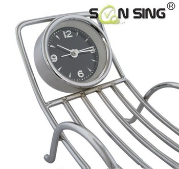 Pointer phone holder Iron deck chair design Creative Home Decorations Clock alarm clock