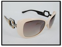 2011 New Arrivals!Wholesale Free shipping, fashion sunglasses,brand sunglasses, surpport mix order!SG10